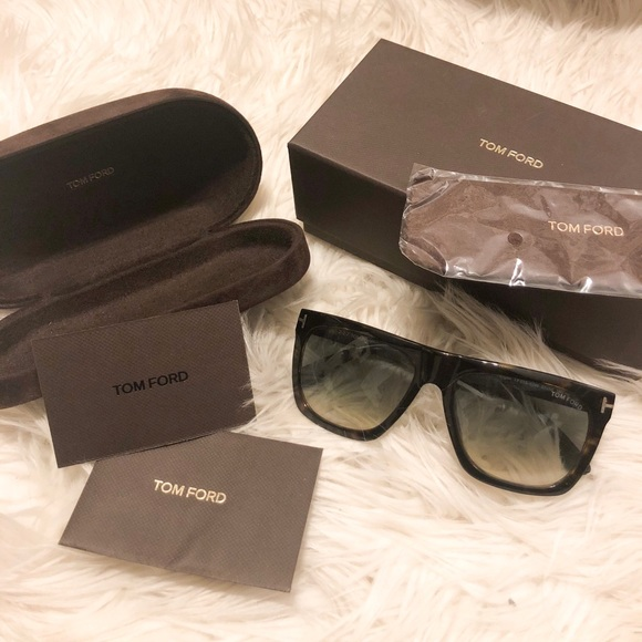 3701ddd33d TOM FORD MORGAN SUNGLASSES. M 5b7a12f2283095e27f640255
